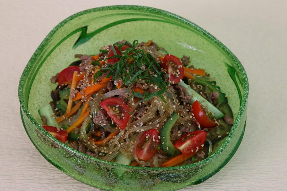 夏野菜のチャプチェ(あいらいくレシピ)